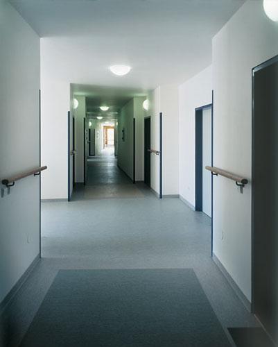 2001 - 2003: Bytový dům s pečovatelskou službou / Strakonice