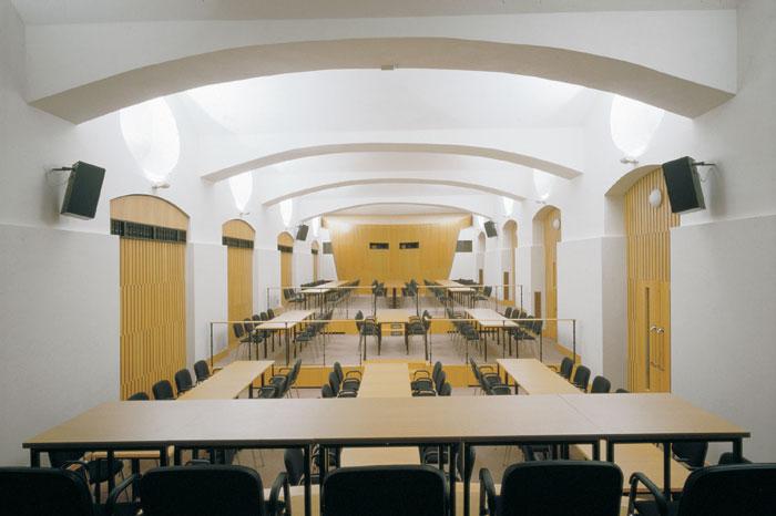 1993 - 1995: Všeobecná Zdravotní Pojišťovna / Praha, Na Perštýně