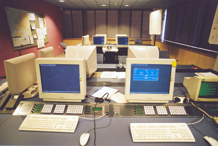 1999-2000: Cvičné pracoviště dispečerů, ŘLP ČR s.p., TB letiště Praha-R